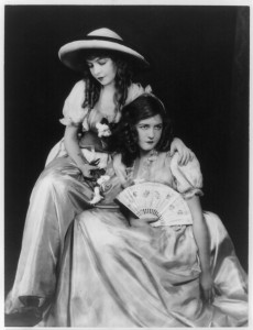 Lillian (a/d/w) and Dorothy Gish. USW