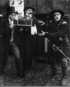 Gale Henry (a), Billy Franey & Max Asher in episode Lady Baffles and Detective Duck series (1915), PCSM
