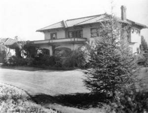 Hollywood home, Alla Nazimova (a/p). MOMA